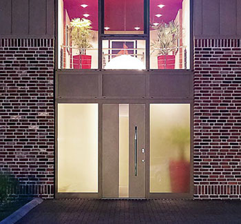 Porta d'ingresso in alluminio